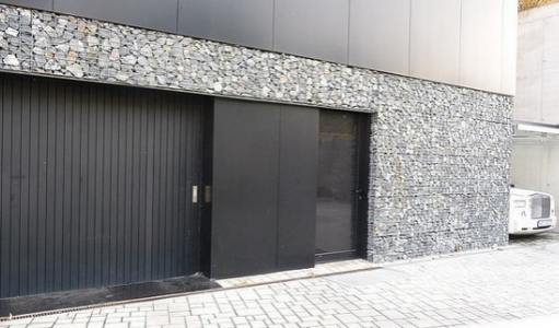 Gabion walls can be almost any height by any length