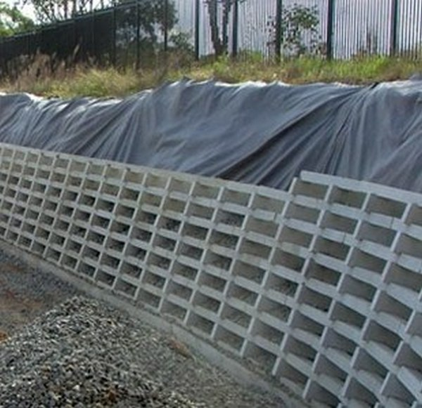 concrete crib retaining wall